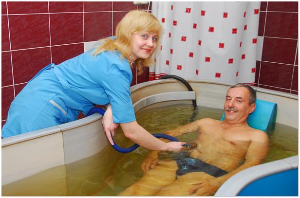 Простые и эффективные рецепты домашних лечебных ванн для здоровья и красоты